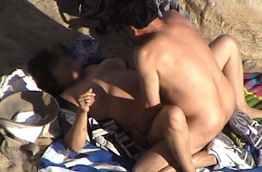 beach-sex-play